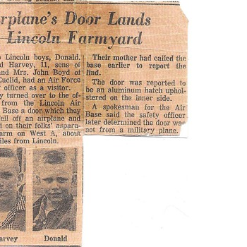 Around 1958 Flying Saucers around Lincoln Nebraska,  True!! Lincoln Journal Newspaper, My brother and Me! - Paper