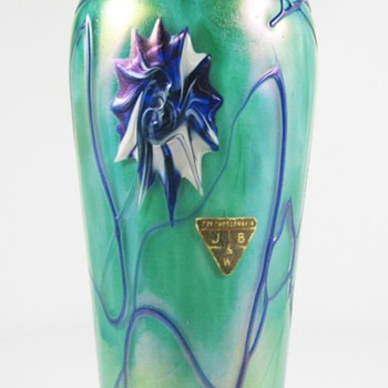 "Kralik ""Starburst"" with original import label  ca. 1920 - Art Glass"