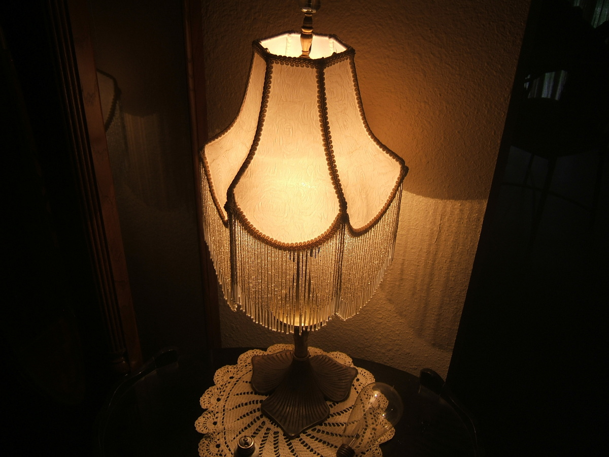 table lamp edison bulb collectors weekly. Black Bedroom Furniture Sets. Home Design Ideas