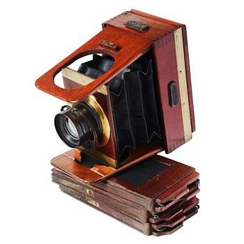 Teeny Tiny Wood & Brass Camera - c.1900 Shew Xit - Cameras