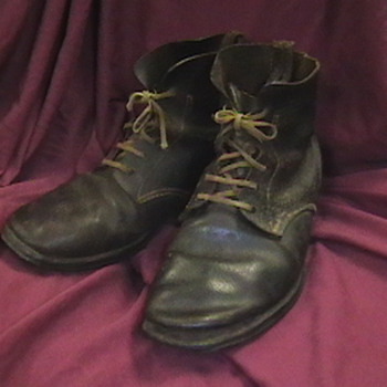 WW II Japanese Army Boots - Military and Wartime