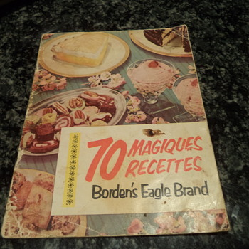 Pamphlet cookbook 1952 by Borden's Sweetened Condensed Milk