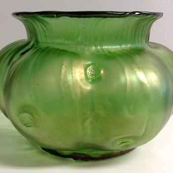 Loetz Creta Rusticana Glass Vase - Art Glass