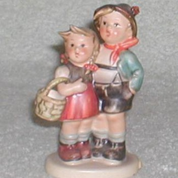 Hummel Figurine &quot;Surprise&quot; - Art Pottery