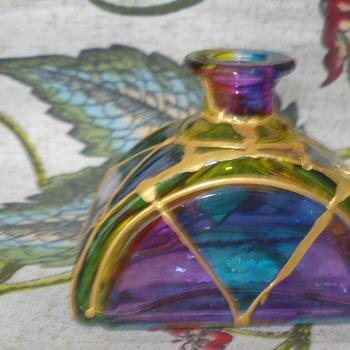 COULD THIS BE A PERFUME BOTTLE? MADE ITALY