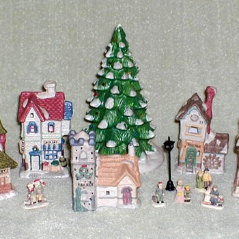 1993 - LEMAX Christmas Village