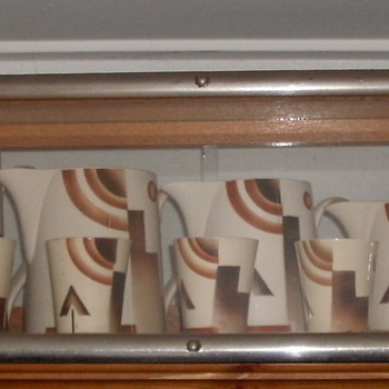Art Deco mugs and jugs ''Société Ceramique'' Netherlands