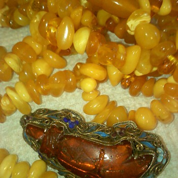 Vintage Butterscotch Amber necklace    - Fine Jewelry