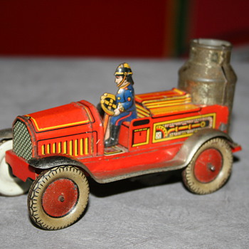 arnold fire engine truck tin toy