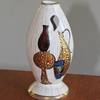 1950s vase Sesto Fiorentina Fiamma  - Art Pottery