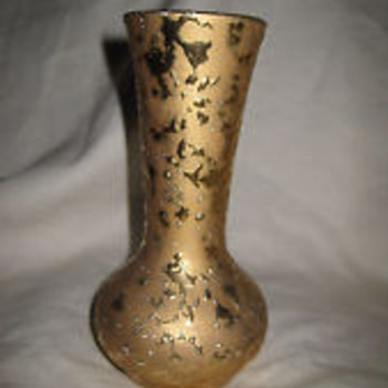 "McCoy ""Sunburst Gold"" Vase"