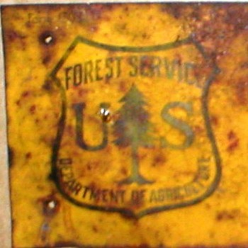 RARE VINTAGE SIGN- U.S. FOREST SERVICE -DEPARTMENT OF AGRICULTURE - Signs