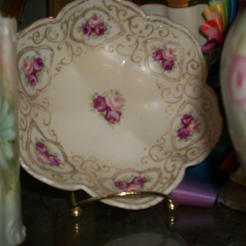 Rose bowl - China and Dinnerware