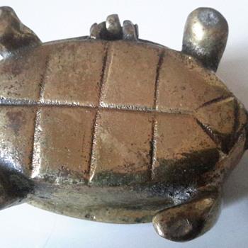 1950sEnglish solid brass turtle