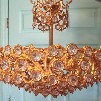 Crystal and Gold? Chandelier its a mystery - Lamps