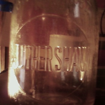 JLUTHERSHANK Qt. Milk Bottle