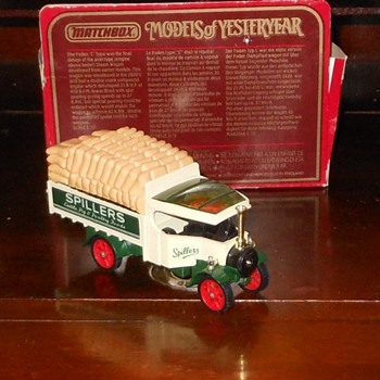 Matchbox Models of Yesteryear Y-27 Foden Steam Lorry