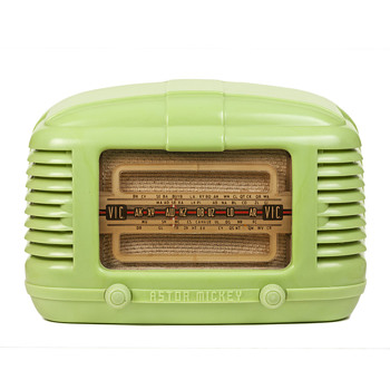 A 1948 Astor Mickey KM Radio