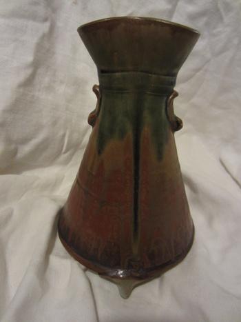 Arts crafts style studio pottery vase mystery maker for Arts and crafts pottery makers