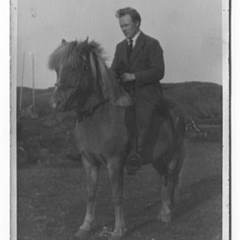 Icelandic family and their ponies from the early 1900's