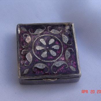 Tiny Silver Trinket Pill Snuff Box With Enamel Top - Victorian Era