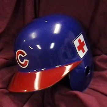 2005 Kerry Wood Cubs Batting Helmet - Baseball