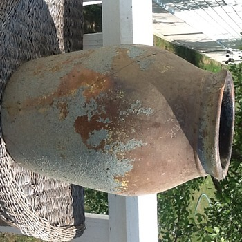 Old Crock that tells story of post Civil War and secret societies