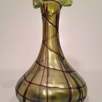 Pallme Konig Kralik Iridescent Art Nouveu Vase - Art Glass