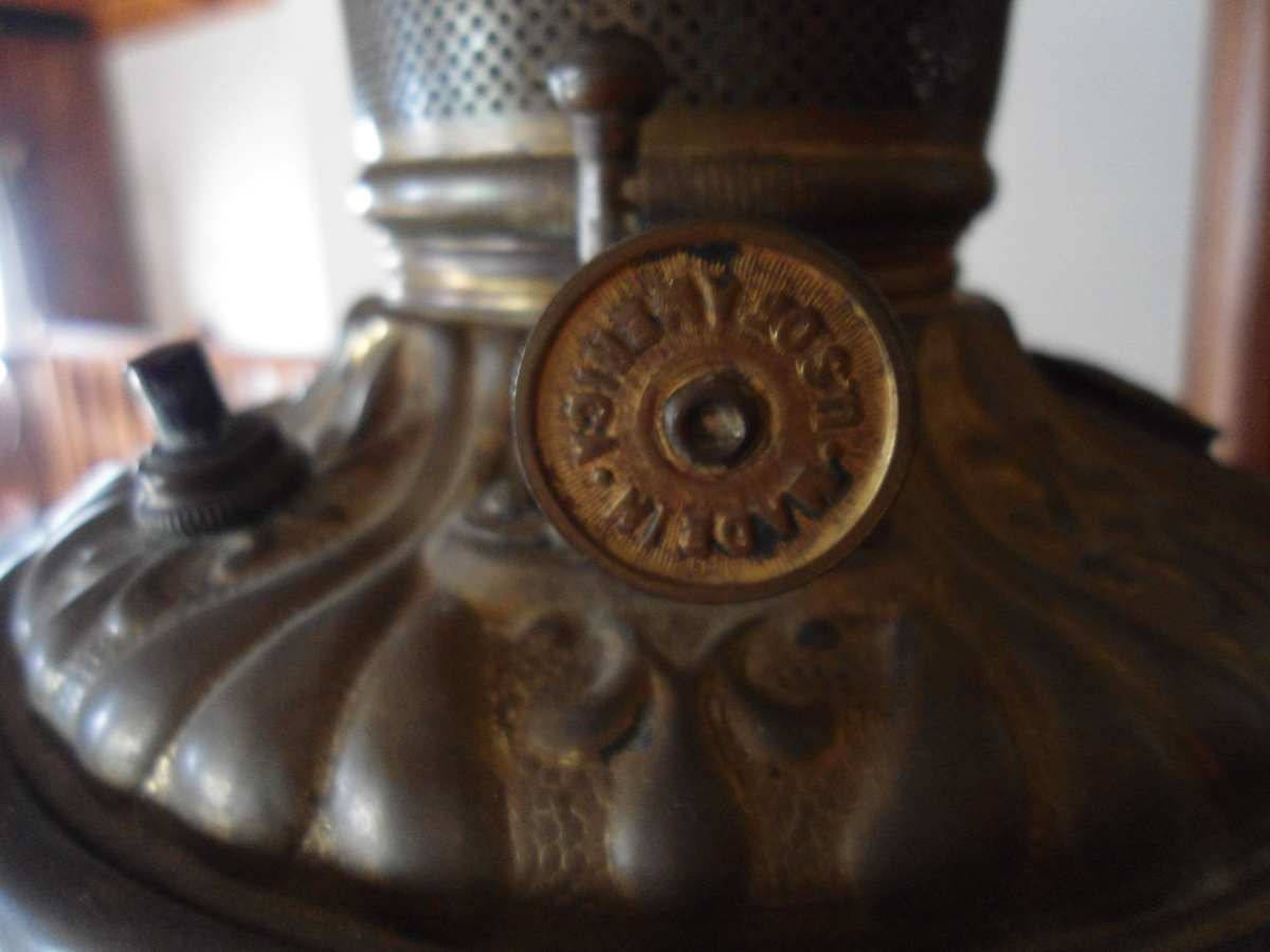 beautiful oil lamp with frosted glass and peaches vines stamped made. Black Bedroom Furniture Sets. Home Design Ideas