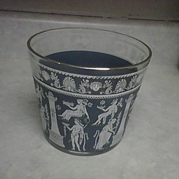 WEDGWOOD GLASS ICE BUCKET - Art Glass