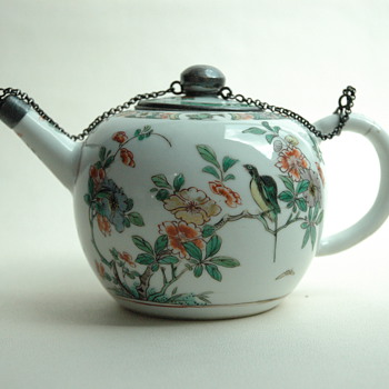 antique lovely chinese porcelain teapot - Asian