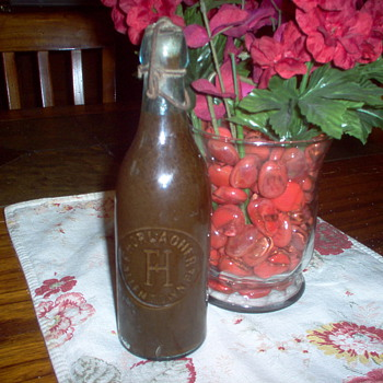 F.HORLACHER BEER BOTTLE