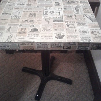 Unique, old American Newspaper Print Table - Furniture