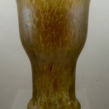 Loetz Candia Papillon vase, PN I-7597 ca. 1898, crossed arrows mark
