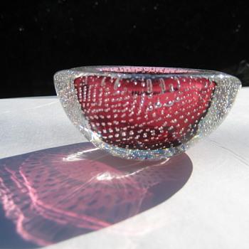 Small mid-century  bullicante bowl