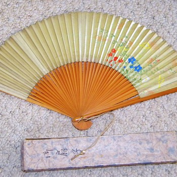 Antique Japanese Silk Screen Bamboo Fan W/Orig Box My Great Grandmothers - Accessories