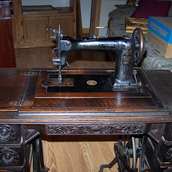 Wheeler & Wilson 7 Drawer Machine