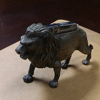 Lion Counter Lighter by Silver Match