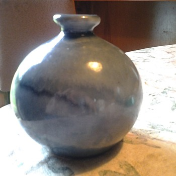 wagar? blue drip vase - Art Pottery