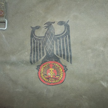 GERMAN RUCKSACK - Military and Wartime