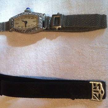 1920' wristwatch with originals bands.