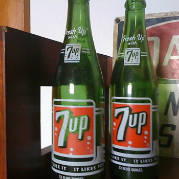 Vintage 7up ACL bottles