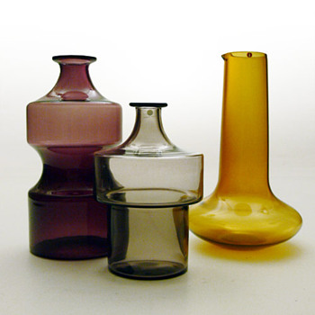 Bottles and jug from the i-lasi series, Timo Sarpaneva (1950s, Iittala)