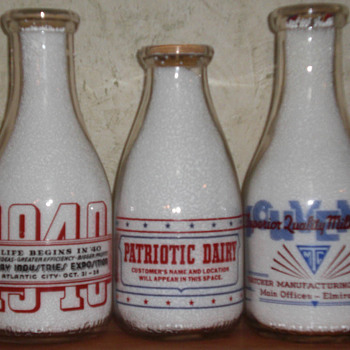 Owens Illinois War Slogan Salesman Sample Quart - Bottles
