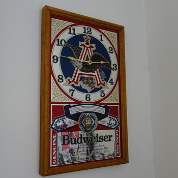 BUDWEISER MIRROR CLOCK SIGN - Breweriana