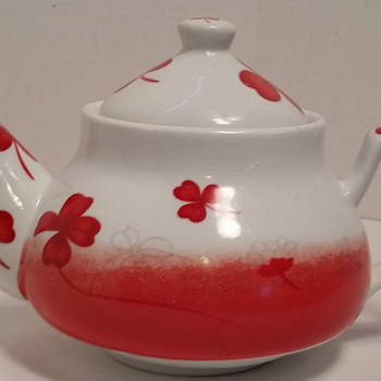 "Beautiful teapot mystery-""Romancl""? - China and Dinnerware"