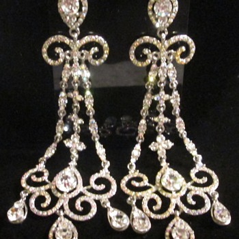 Chandelier earrings -- bling bling! :)