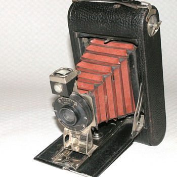 Thornton-Pickard | Erecto Folding camera | 1917 | 118 Rollfilm. - Cameras