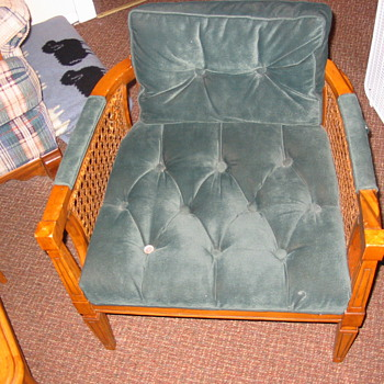 Mid-60's chair, refurbished in velvet