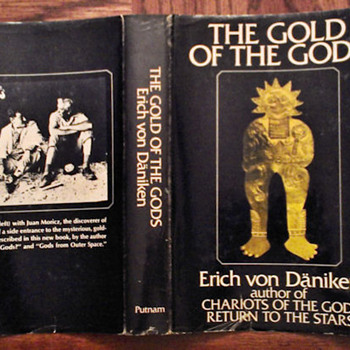 The Gold of the Gods by Erich von Daniken - Books